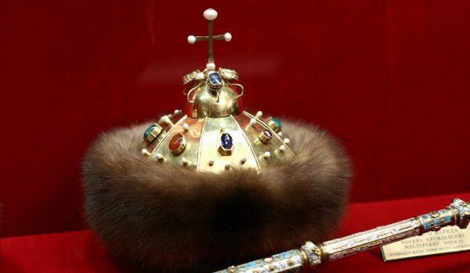 7 главных шапок русских царей